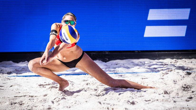 Sarah Pavan in action