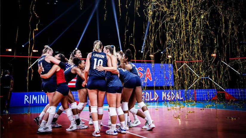 USA celebrate their VNL three-peat