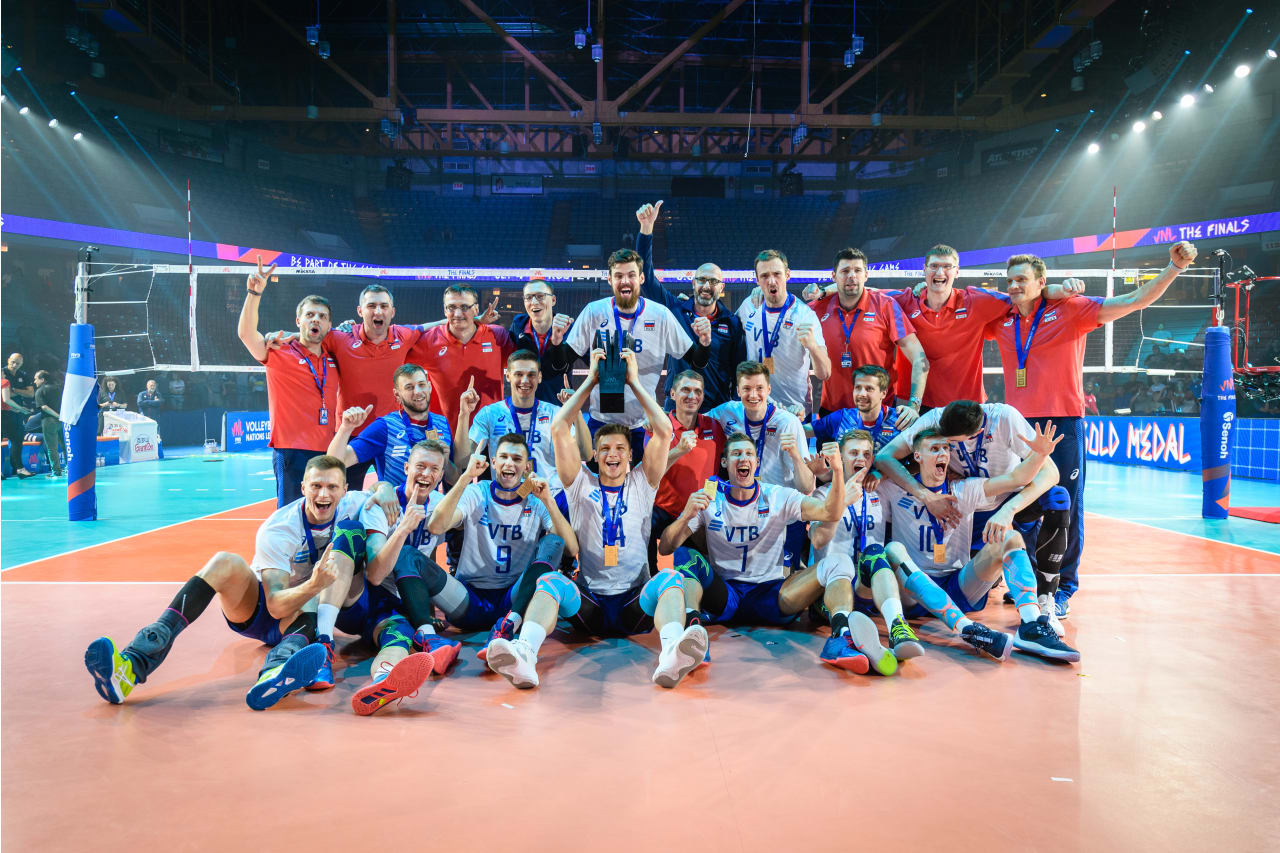 A group photo of the victorious Russian team