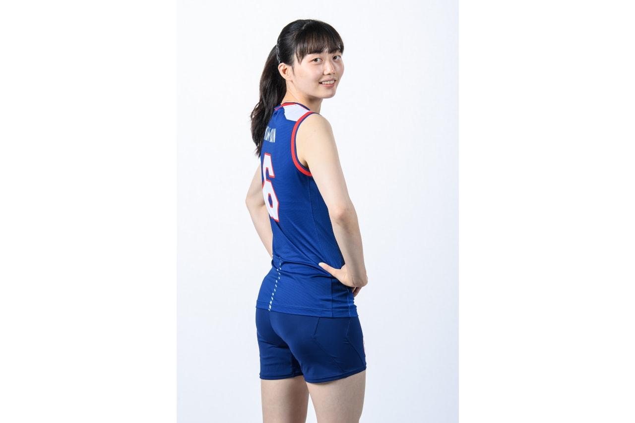 6-Dain Kim - looking back