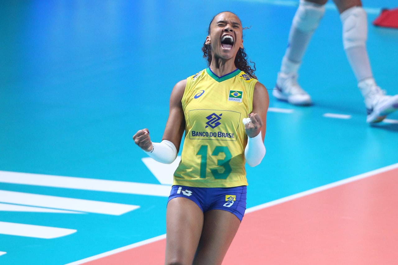Brazil's Amanda Francisco celebrates a point