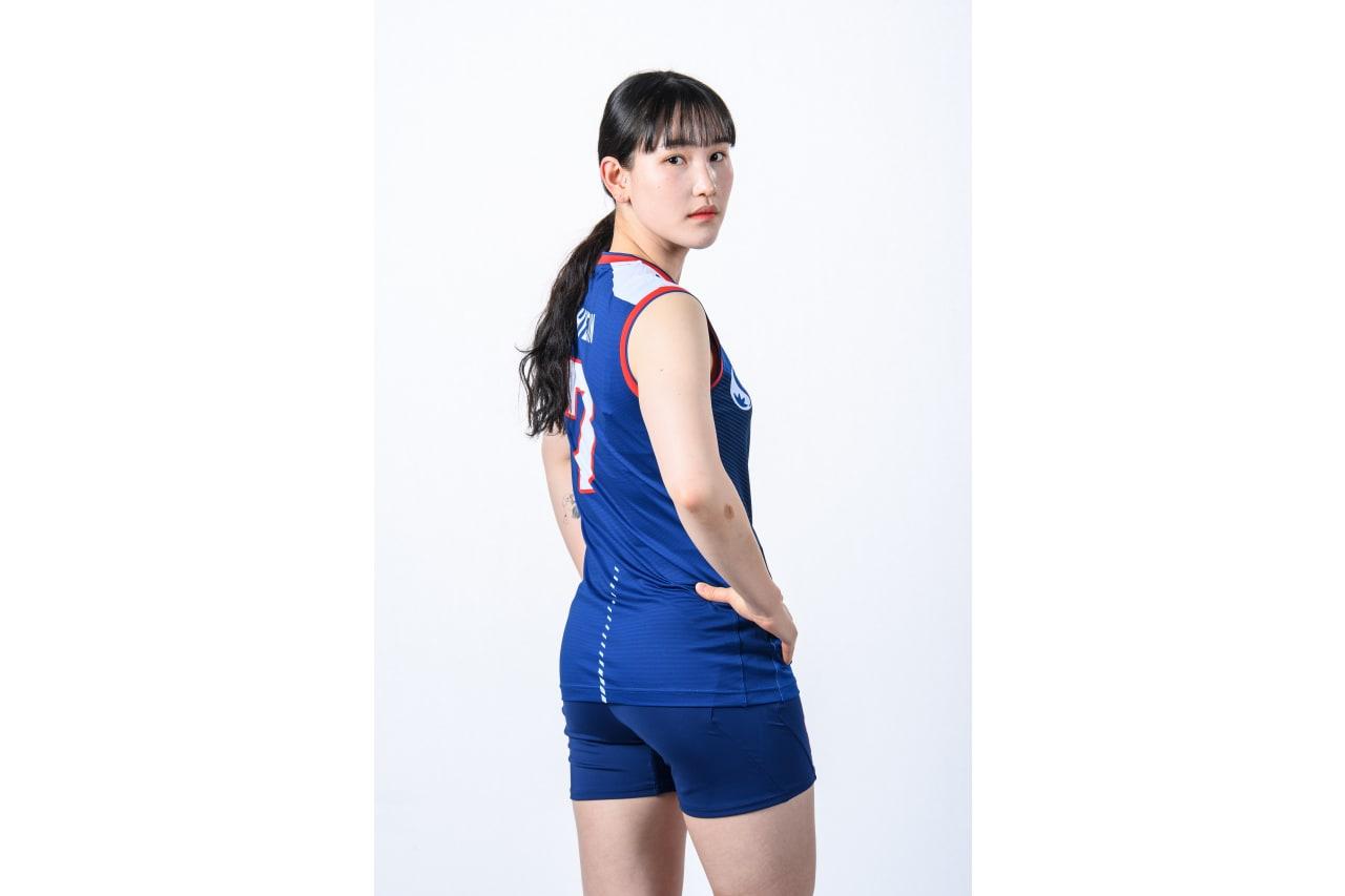 7-Hyejin An - looking back