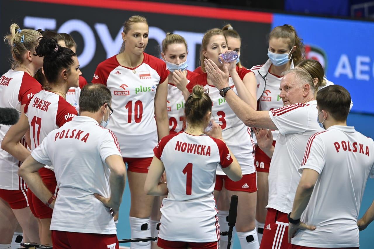 Poland team talk