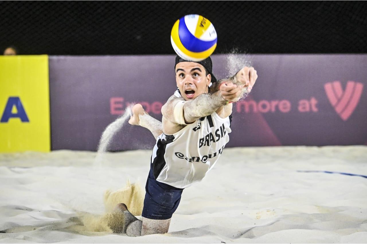 Gustavo Carvalhaes - Guto (Brazil) in action