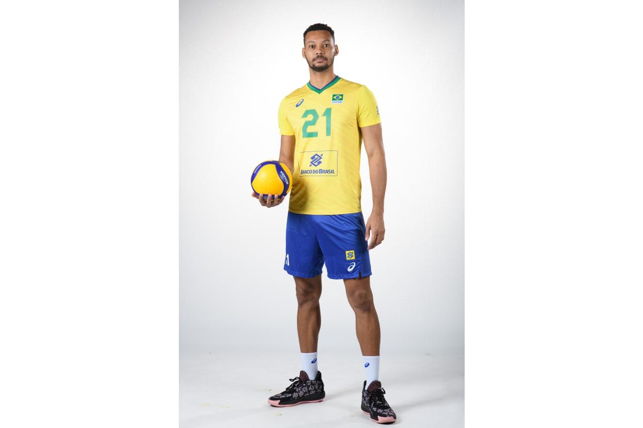 BRA  - 21 - Alan Souza