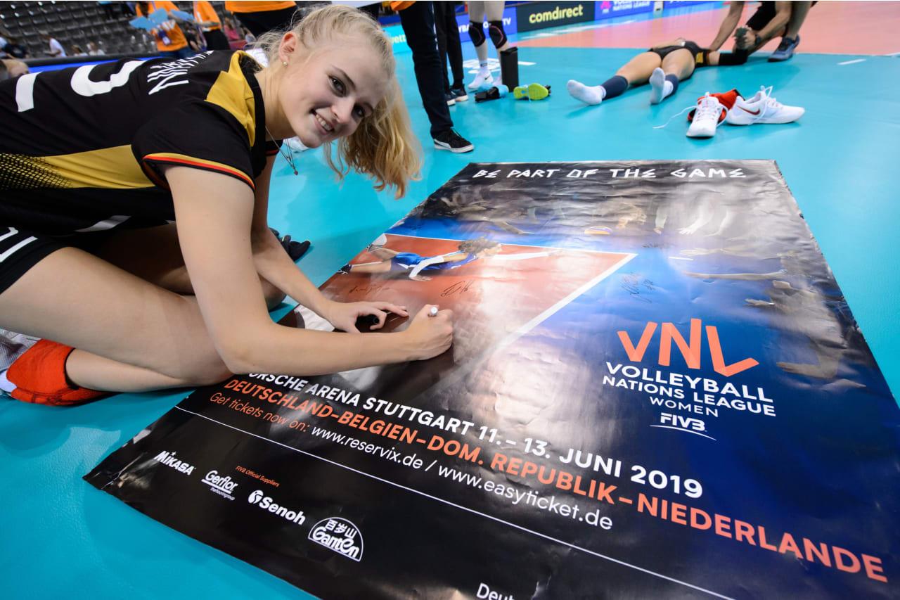 Hanna Orthmann (Germany) signs a VNL poster