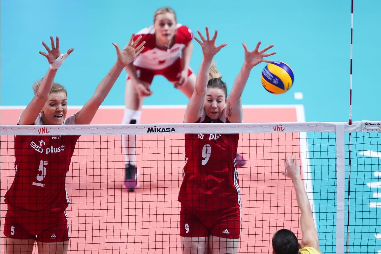 Magdalena Stysiak and Agnieszka Kakolewska (Poland)