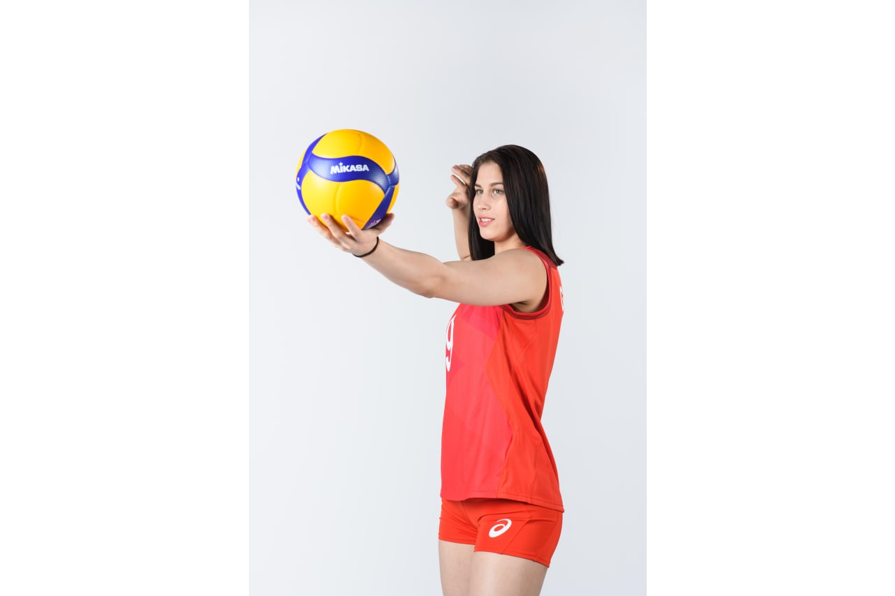 9 - Valeriia Gorbunova - serving