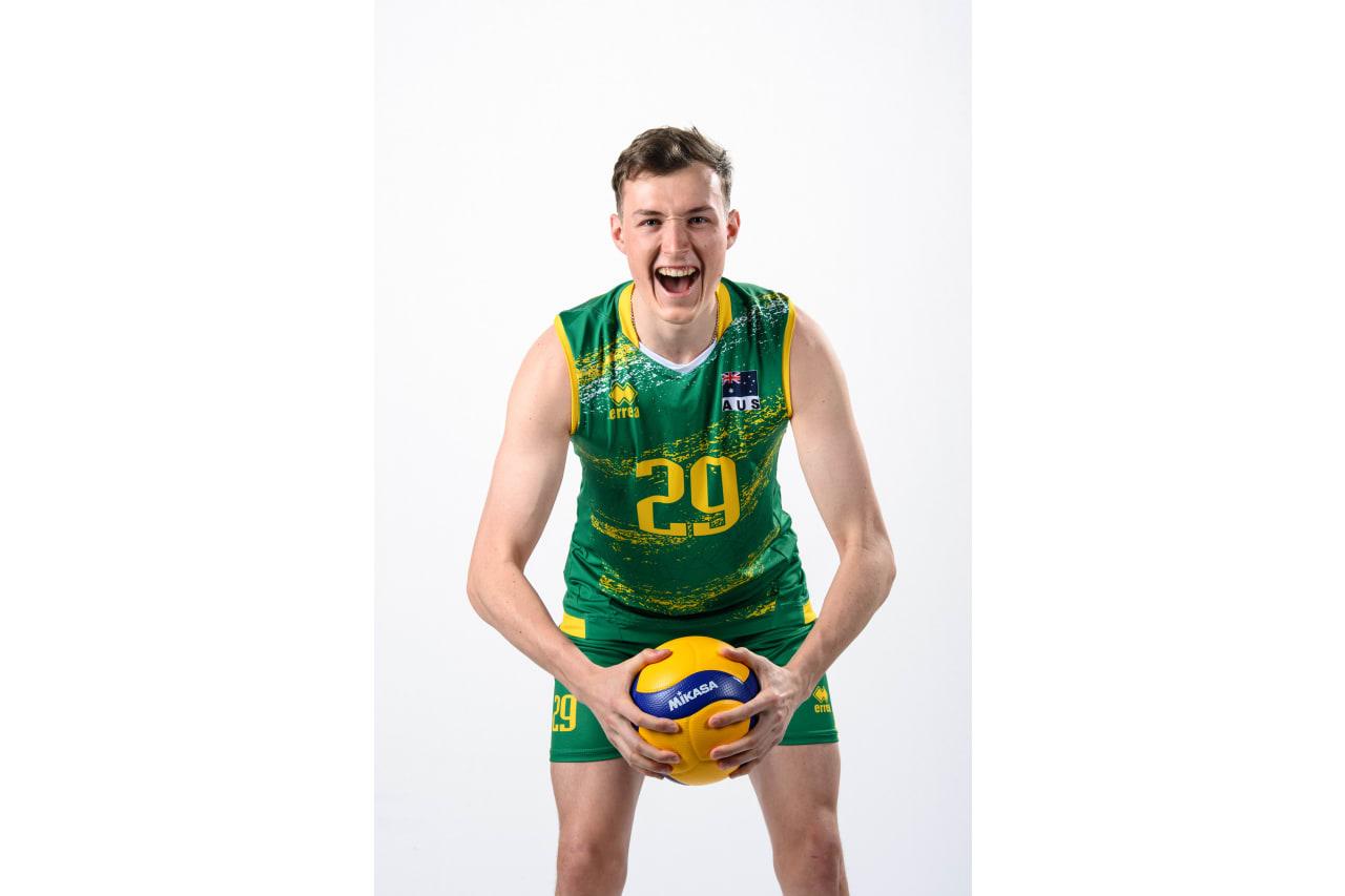 29 - Ethan Garrett - ball