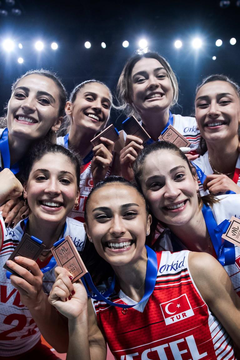 Bronze Medal Award Ceremony - Women