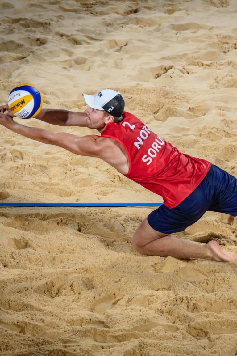 Tres nuevos medallistas olímpicos en vóleibol de playa masculino